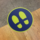 'FOOTPRINTS' circular distancing floor sticker - pack of 6